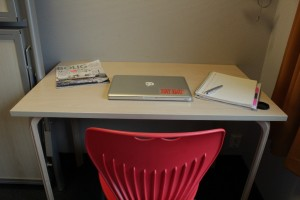Desk at Yess hotel Kristiansand